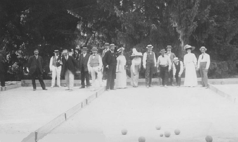 Jeu du cochonnet en 1908