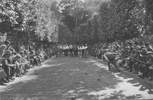 15 Aot 1930